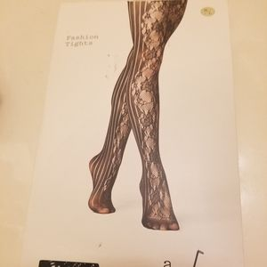 FASHION TIGHTS A NEW DAY